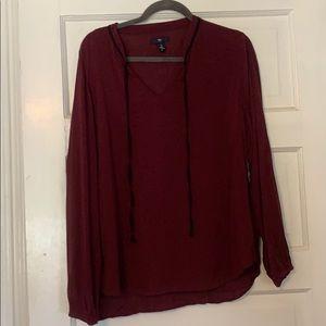 Gap maroon star blouse